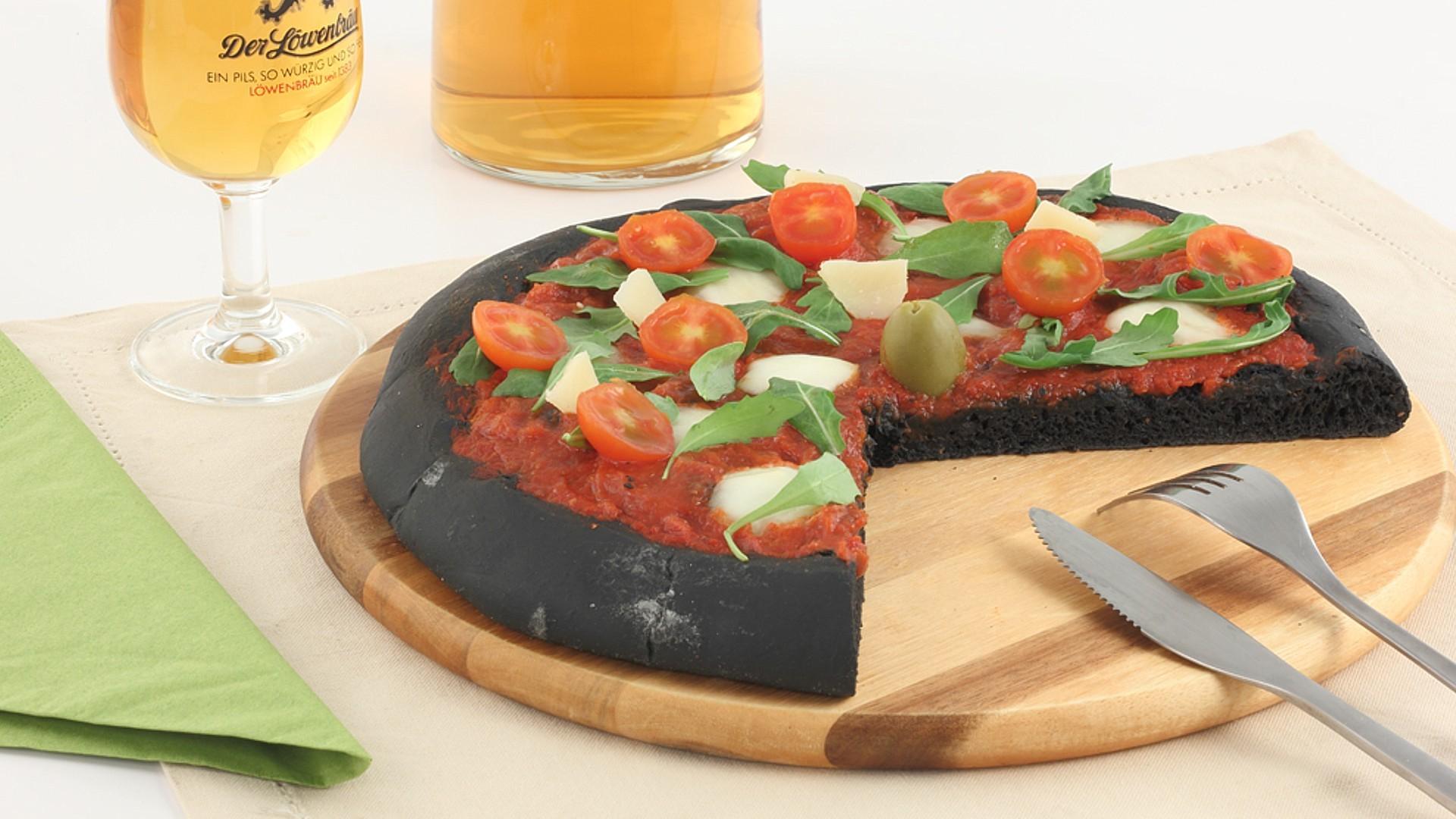 Preparato per pizza al carbone vegetale