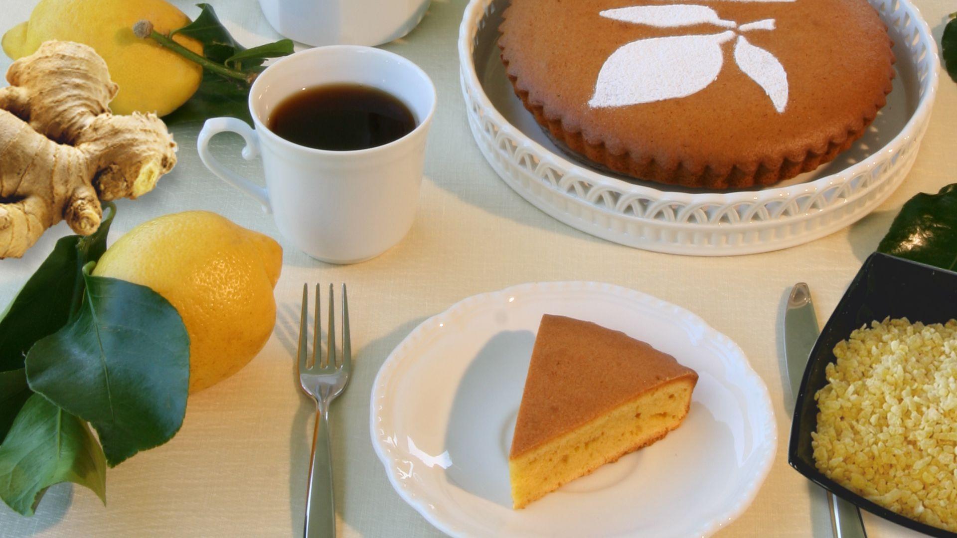 Torta al gusto di limone con zenzero candito